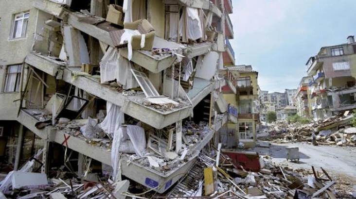 Deprem Geliyorum Demez Ama Önlem Alınması Gerektiğini Hatırlatır